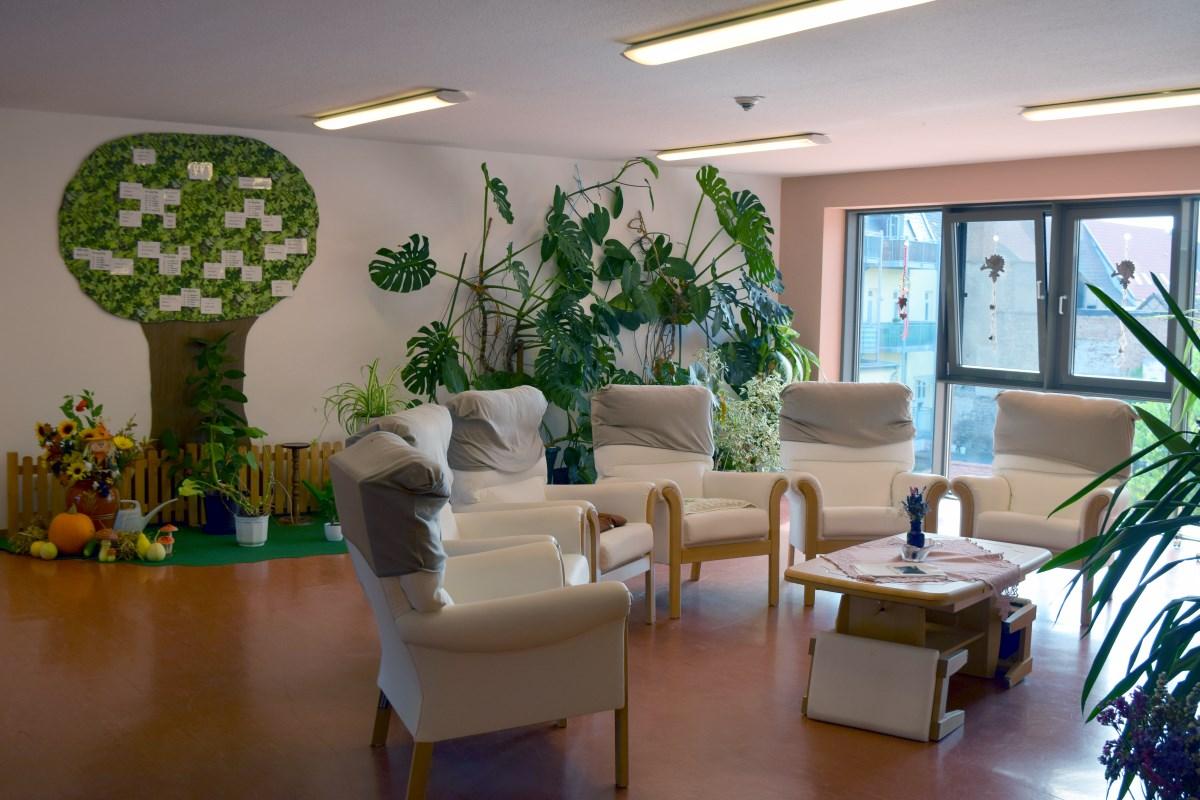 Pflegeheim im seniorenzentrum am waidhof novalis diakonie for Gestaltung zimmer